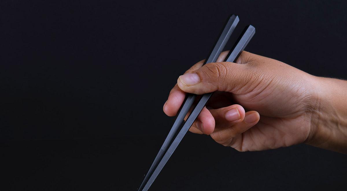 Come usare le bacchette Giapponesi
